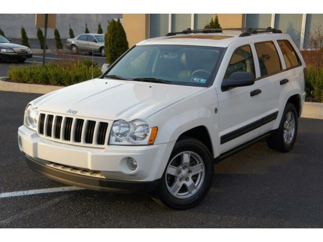 2005 jeep grand cherokee laredo 4wd v8 leather sunroof trail rated no reserve used jeep grand. Black Bedroom Furniture Sets. Home Design Ideas