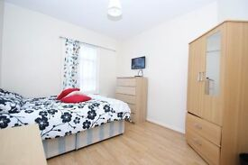 Short & long Let, perfect location! Double room next to the station, all incl