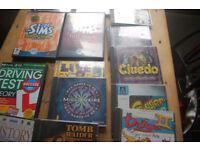 14 Computer games Catz, Simms, Frogger, Cluedo,Dogs, Titanic,Microsoft bookshelf
