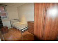 REFURBISHED bedroom for the right tenant ! 2 WEEKS DEPOSIT ONLY NOW !