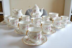 Victoriana Rose China Tea Set - Vintage Paragon
