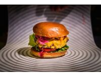 JUNIOR SOUS PREP CHEF needed for Patty & Bun production kitchen