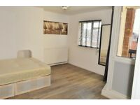 WOW - FIVE DOUBLE BEDROOM PROPERTY FOR RENT IN EAST LONDON ZONE 2
