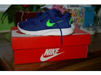 BOYS TRAINERS SHOES