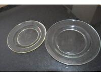 2 Pyrex plates