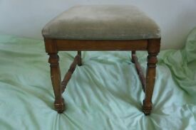antique vintage boudoir throne/stool make-up table seat upcycling project piano