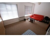 2 bedroom flat in Vivian Mansions, Vivian Ave, Hendon, NW4