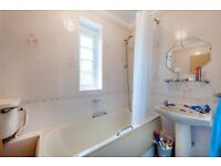 A 4 double bedroom proeprty to rent in the residential Rotherhithe Street.