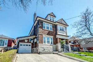 498 Hughson Street N Hamilton, Ontario