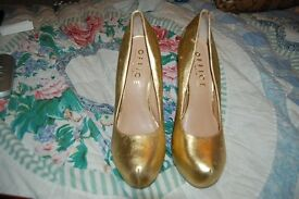 Sexy gold heels from Office London. Size 41.
