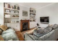 Spacious & Light 3 bedroom flat!!!!