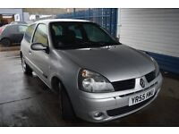 Renault Clio 1.2 16v 2005 Extreme in Excellent condition MOT Until February 2017