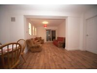 St. Mary's Road N.9 - Bright 2 Bed G/F Flat With Garden On Residential Road 10 Mins From Amenities!!