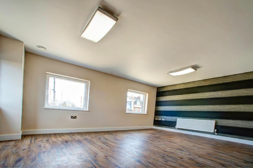 **Excellent NEW 2 bedroom flats for rent**