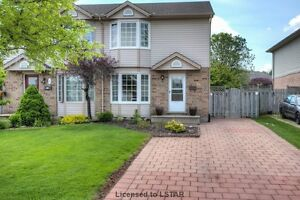 House For Sale 22 Daybreak Dr
