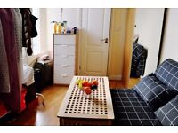 CHARMING STUDIO FLAT IN ACTON AVAILABLE IN SEPTEMBER FOR £825 PER MONTH INCLUDING UTILITY BILLS!