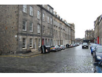 New Town, Barony Street. Garden level 0ne bedroomed flat in very quiet yet central location