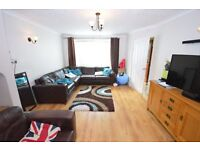 **VERY WELL PRESENTED**BILLS INCLUSIVE HOUSE SHARE** GREAT LOCATION**SHORT TERM AVAILABLE**