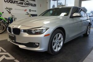 2014 BMW 3 Series 320i Xdrive- LOW KM, LEATHER, ALLOY WHEELS!!