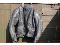 MOTORCYCLE LEATHERS ASHMAN LEATHER MOTOR CYCLE JACKET SIZE XL ( UK ) GENUINE COWHIDE