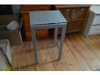 *FREE TO COLLECT* Glass and Metal Side Table