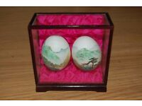 VINTAGE JAPANESE ORIENTAL HAND PAINTED EGGS IN CASKET GLASS DISPLAY CASE