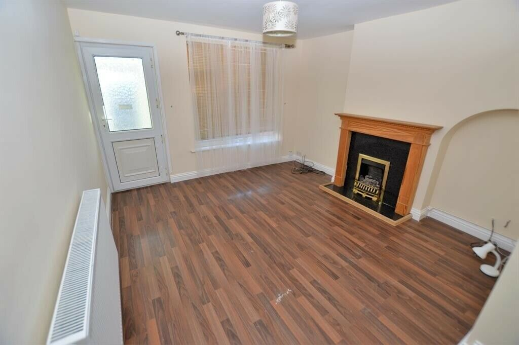 Wondrous 3 Bedroom House To Rent In Chadwell Heath Part Dss With Guarantor Accepted In Romford London Gumtree Download Free Architecture Designs Embacsunscenecom