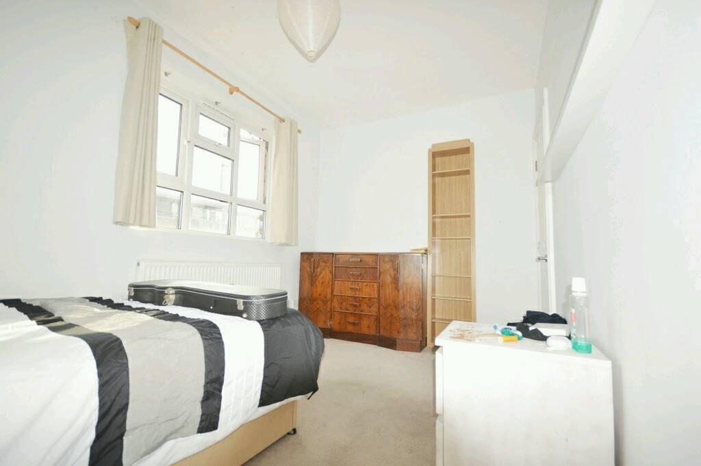 Amazing 1 bed flat 1200pcm.