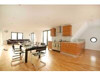 E1 ALDGATE EAST LARGE 2 BEDROOM APARTMENT-- AVAILABLE NOW - CONVERTED WAREHOUSE - E1 1GU
