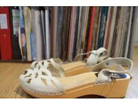 Swedish Hasbeens Debutante clogs size 6 or 7, white suede