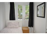 CALL NOW!! DON'T MISS OUT SINGLE ROOM AVAILABLE NOW IN BOW £450