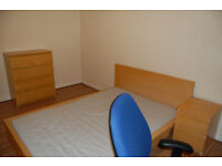 Double room / new home / professional / students welcome / Sighthill