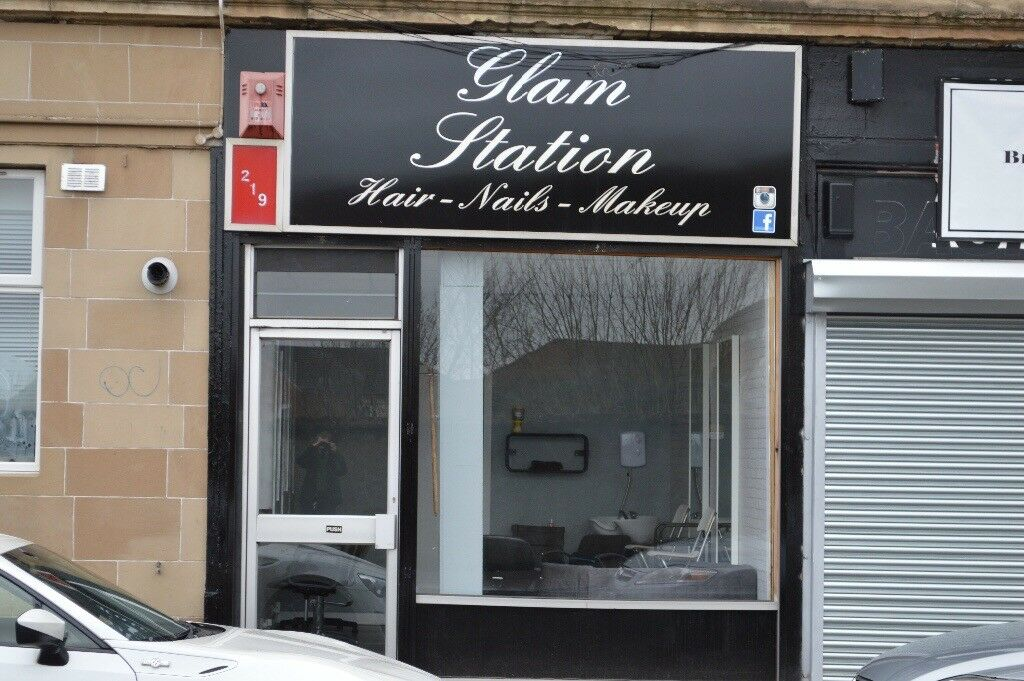 Shop / Hairdressing salon for rent in Alexandra Parade