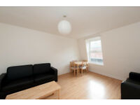 Gorgeous two bedroomed apartment in a gorgeous location - NW1. A stones throw from Regents Park
