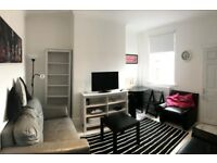 **BEAUTIFUL HOME, NEWLY REFURBISHED, 3 BEDROOM HOUSE**