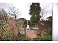 Plaistow E13! 4 bedroom house! Large Garden! Separate Kitchen! Separate Living Room! MUST SEE!