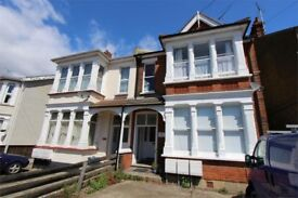 Immaculate 2bed first floor victorian flat for rent-Walking distance from the beach&train stations