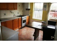 Thamesmead SE28. Spacious & Contemporary 3 Bed 2 Bath Unfurnished House with Garden, Garage & Drive