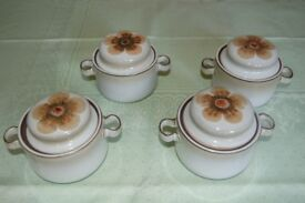 Denby 'Westbury' Lidded Soup Cups x 4, 'Classic Blue' Casserole & Lt Green Entre Dish, all Like New.
