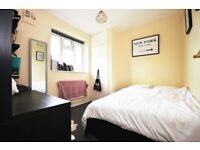 3 BED FLAT - HOUSING BENEFIT ACCEPTED
