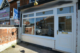 Commercial Unit in Mansfield recently renovated and available immediately - Former Hairdressers