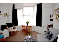 Short let -Seafront/City Centre 1 Bed Apartment