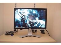 Dell UltraSharp 2007WFPb 20-inch Widescreen Flat Panel LCD Monitor