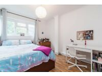 Amazing 3 bed flat, ideal for professional sharers!