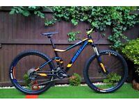 Giant Stance 2 2017 Full suspension Mountain bike