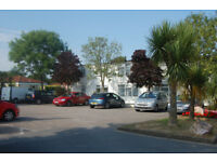 BARGAIN Welcome Caravan Holiday Park Beach Clubs Pools Dog OK Private chalet 3 night selected dates