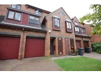 Spacious 4 bedroom furnished house with private garden and off street parking in Manor House N4