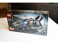 #19 LEGO Technic 42002: Hovercraft ***NOT OPENED***