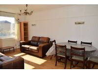 STUNNING THREE BEDROOM FLAT WITH SPACIOUS LOUNGE TO RENT IN EAST LONDON, E1