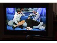 "SONY Trinitron WEGA Digital TV with Built-in Stand - 28"" Screen"